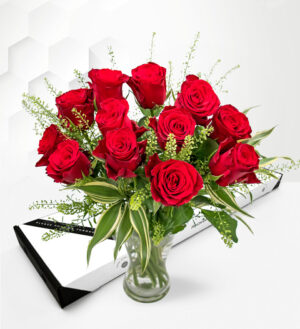 Royal Roses - Letterbox Flowers - Letterbox Roses - Letterbox Valentine's Flowers - Valentine's Flowers